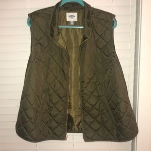 Thin puffer vest